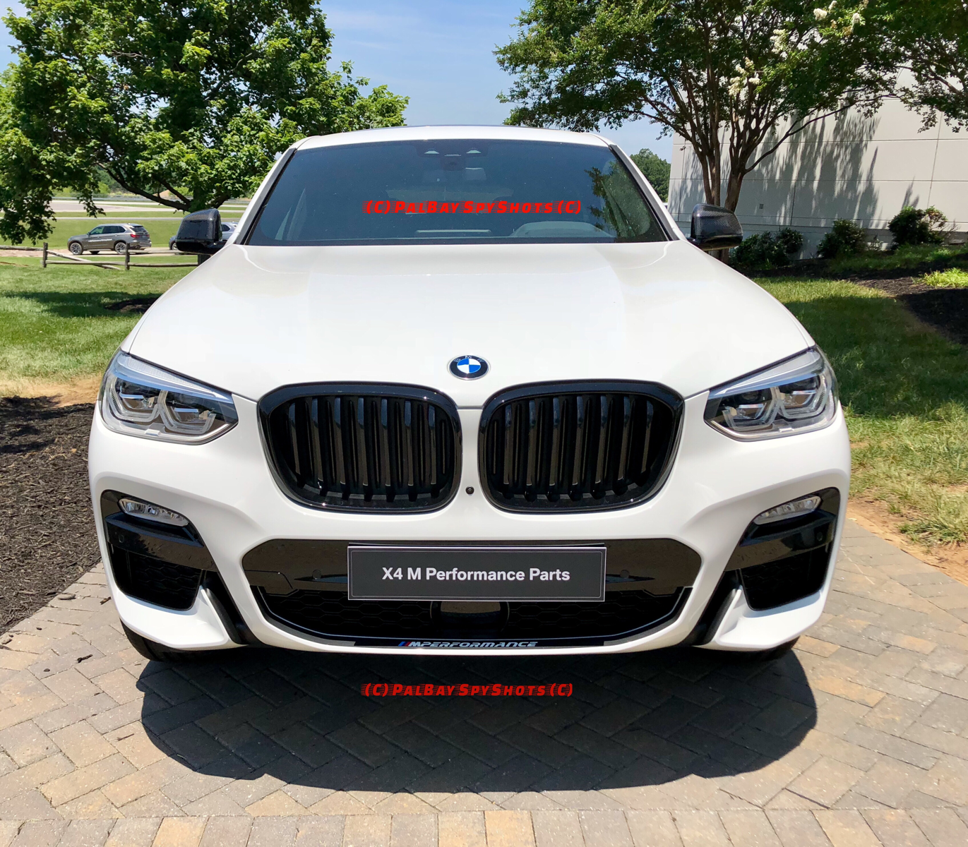 New Pictures Of The 2019 X4 M40i And M Performance Parts