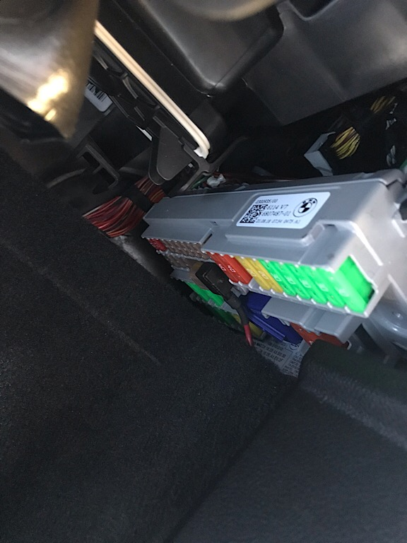 3 position fuse box g01 front fuse box page 3 xbimmers bmw x3 forum  fuse box page 3 xbimmers bmw x3