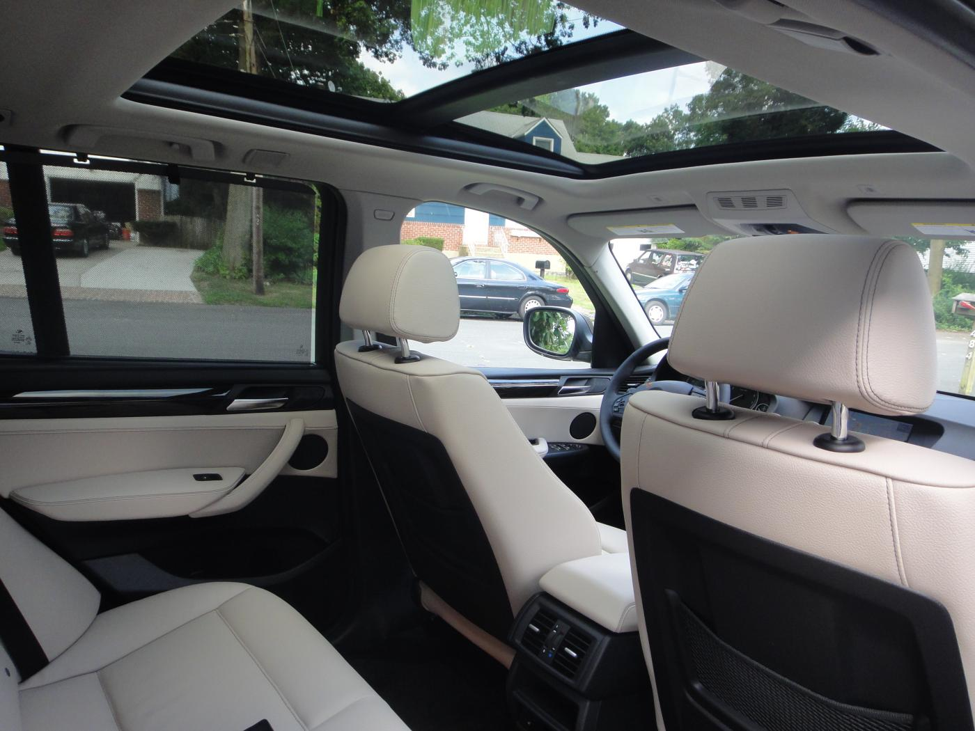 Oyster With Anthracite Headliner