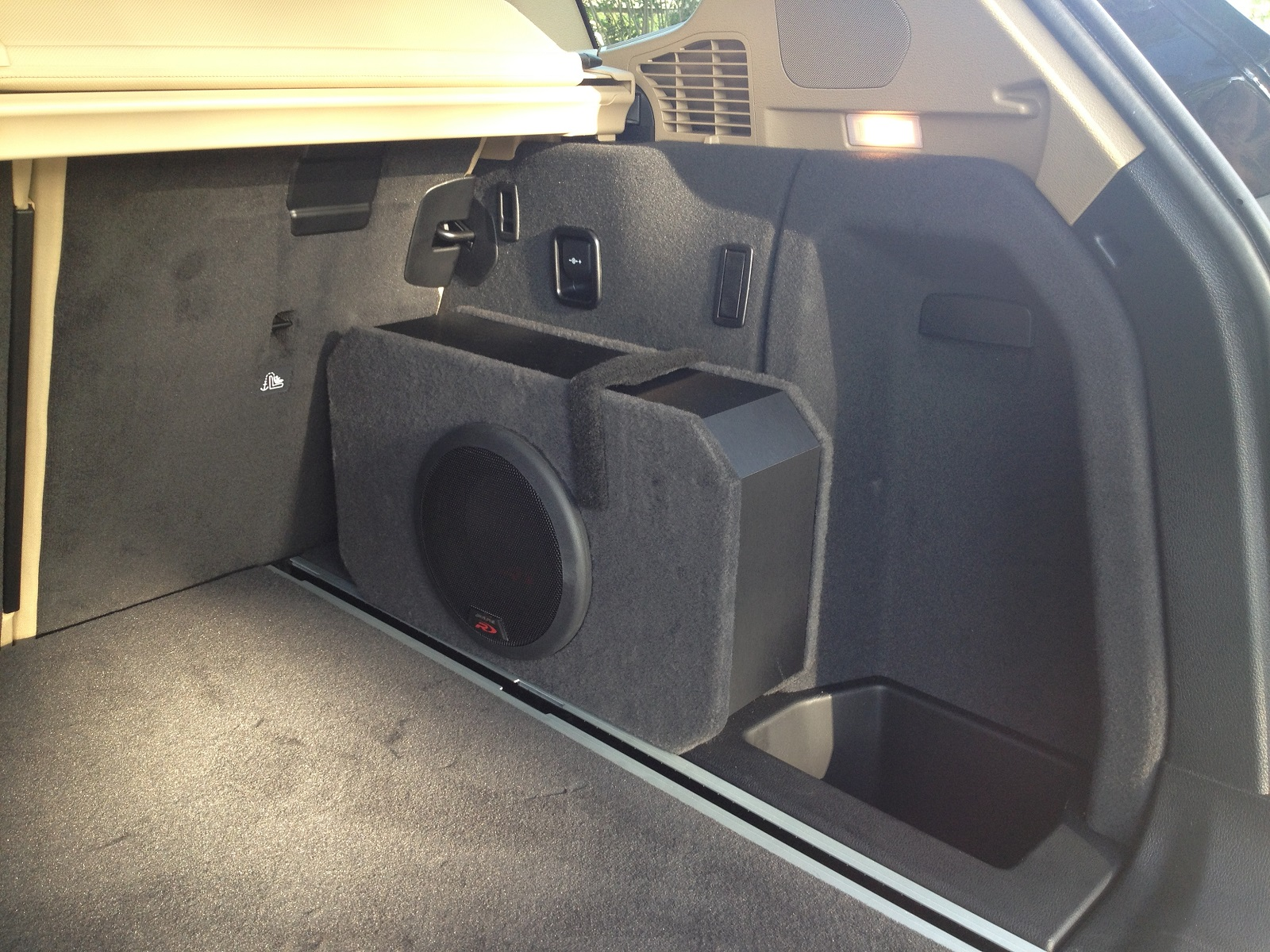 New Subwoofer Some Battery Questions
