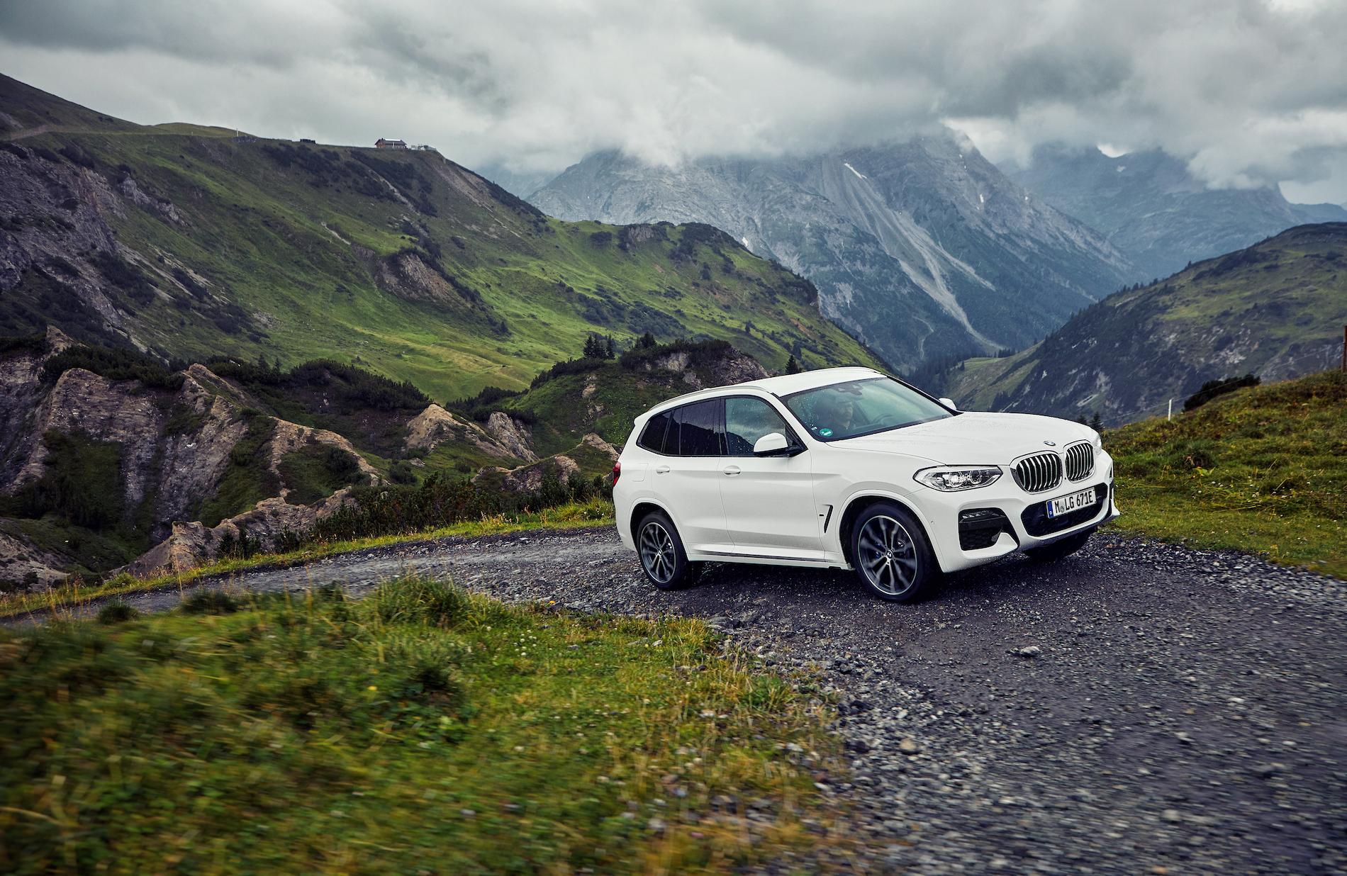 Name:  BMW_X3_xDrive30e_European_model_shown_(3).jpg Views: 3287 Size:  2.34 MB