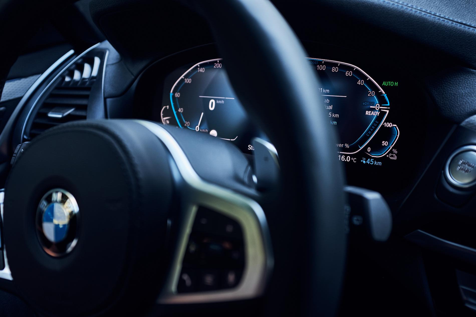 Name:  BMW_X3_xDrive30e_European_model_shown_(7).jpg Views: 3263 Size:  1.06 MB