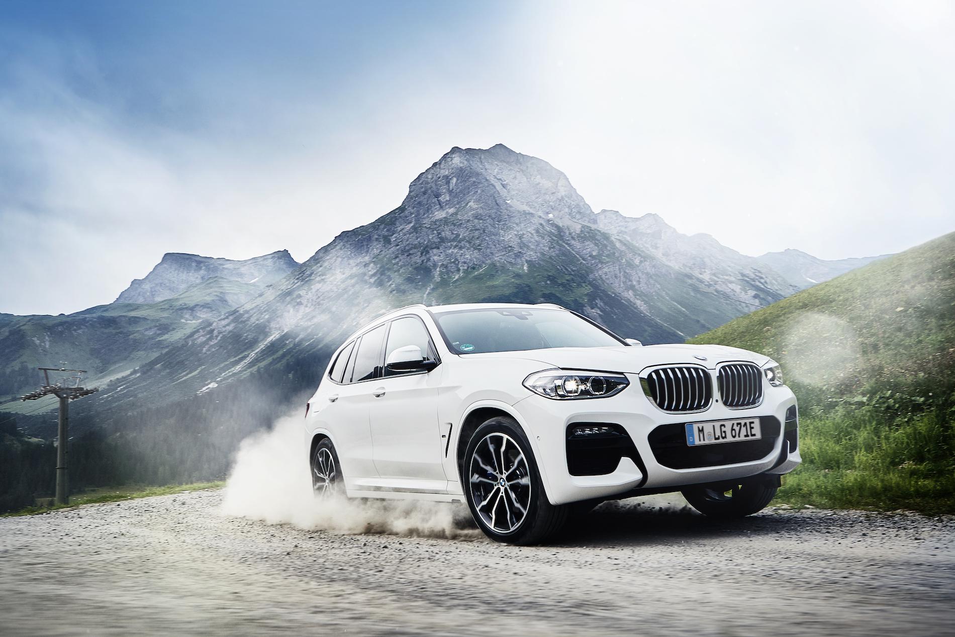 Name:  BMW_X3_xDrive30e_European_model_shown_(8).jpg Views: 4415 Size:  1.54 MB