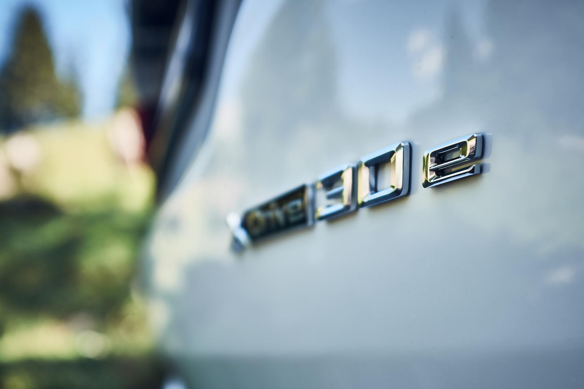 Name:  BMW_X3_xDrive30e_European_model_shown_(5).jpg Views: 4177 Size:  863.8 KB